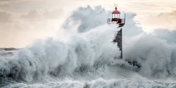Waves on Lighthouse