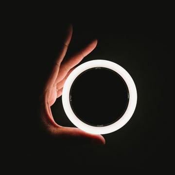 Circles-Hand